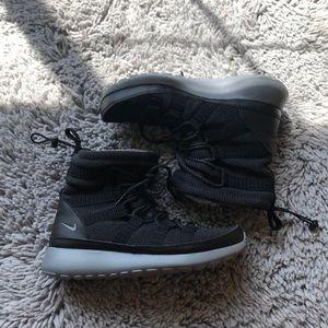 Roshe boots